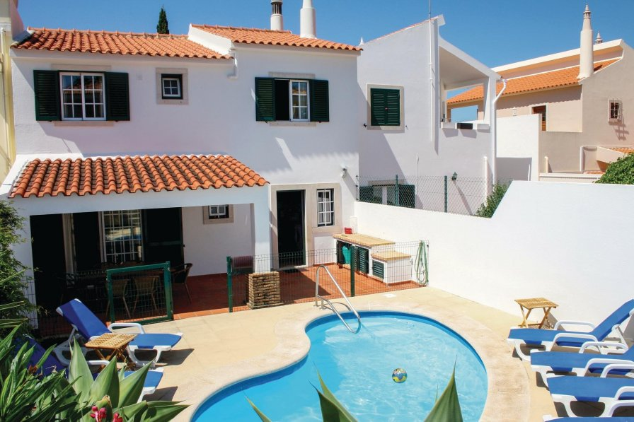 Villa with swimming pool in Vilamoura