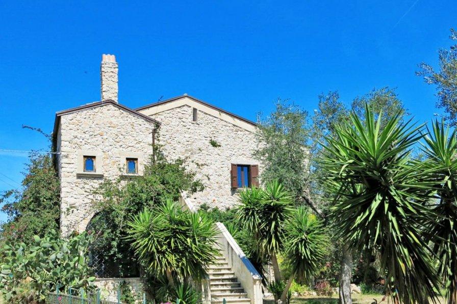 Villa in Italy, Ischitella