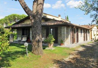 2 bedroom Villa for rent in Bucine