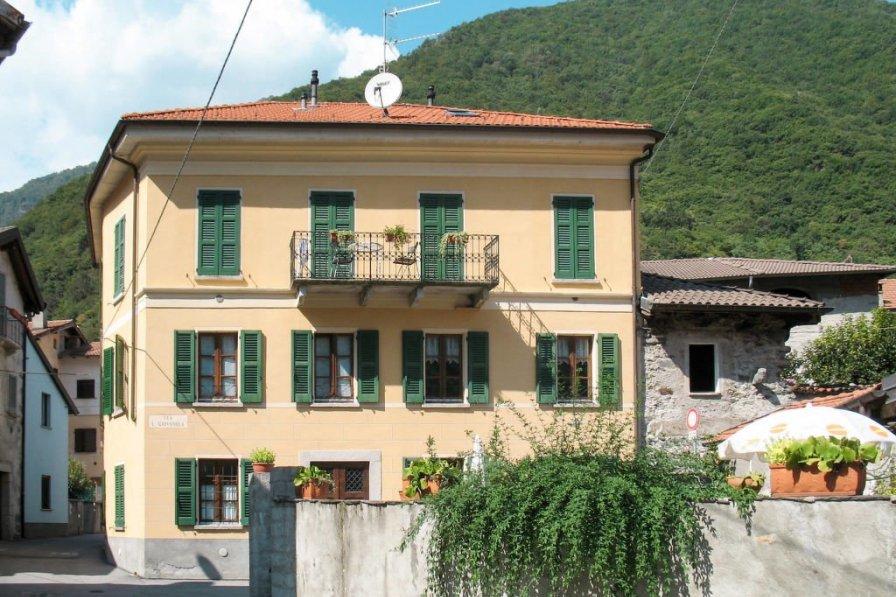 Apartment in Italy, Cannobio
