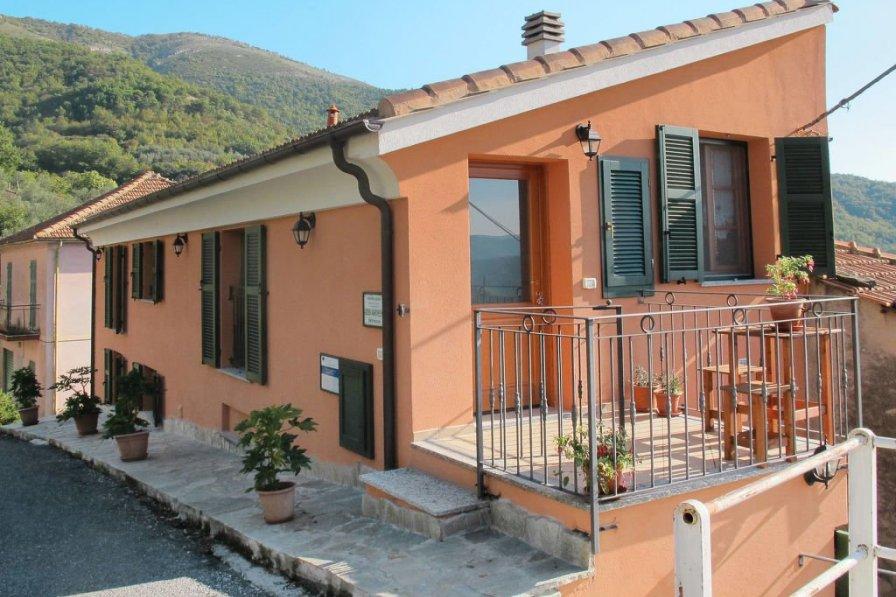 Villa in Italy, Borgo