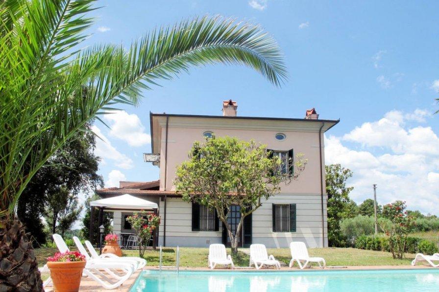 Villa in Italy, Altopascio