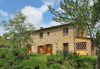 6 bedroom Villa for rent in Montaione