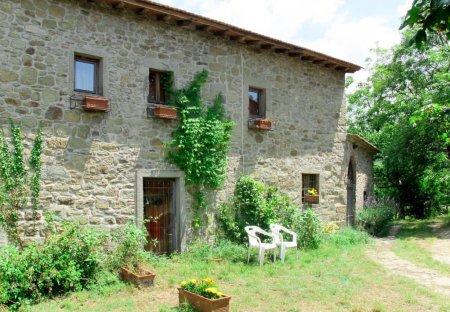 Villa in Londa, Italy