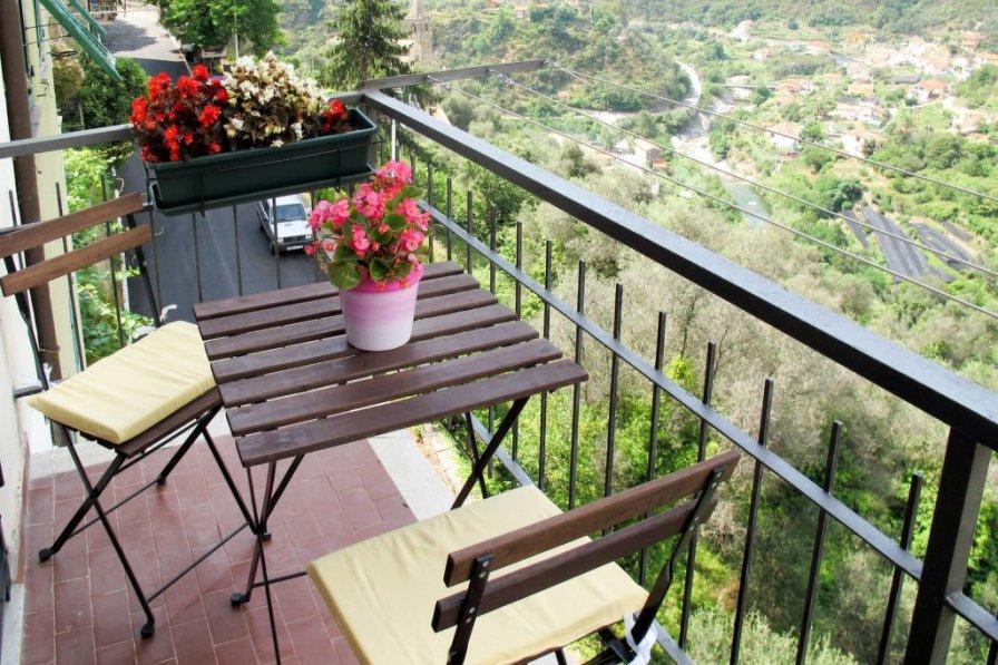 Apartment in Italy, Montalto Ligure