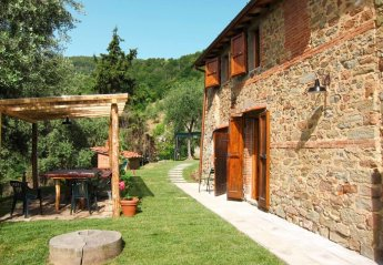 3 bedroom Villa for rent in Pescia