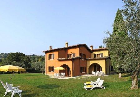Apartment in Costermano sul Garda, Italy