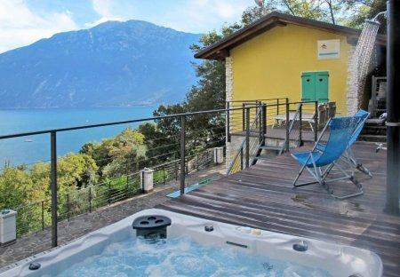 Apartment in Limone sul Garda, Italy