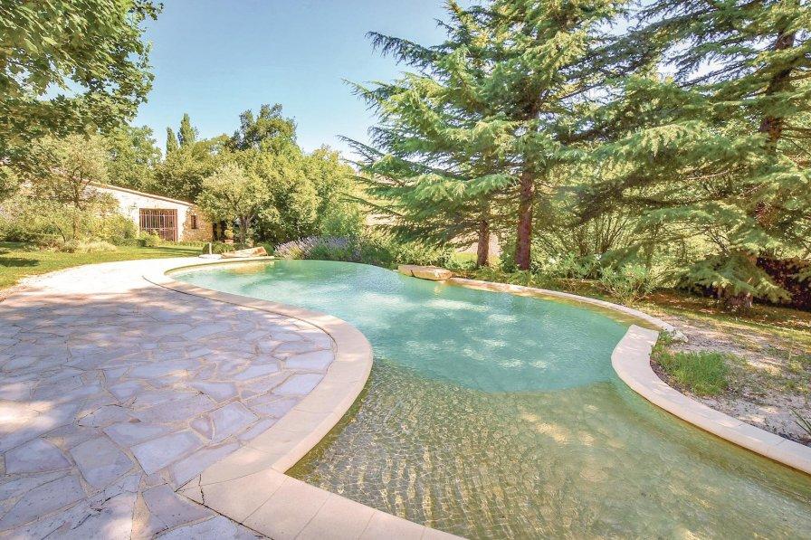 Villa to rent in Malaucène