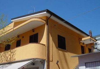 Apartment in Italy, Riccione: Building