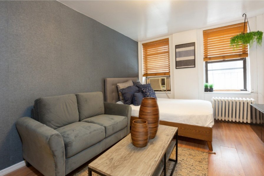 Sunny Furnished Studio in Little Italy