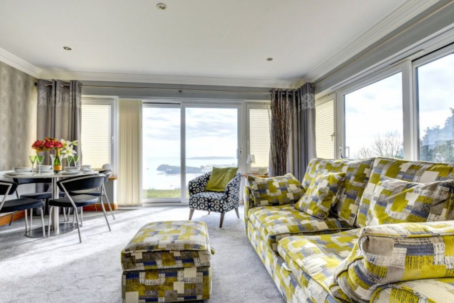 Holiday home rental in Tenby North