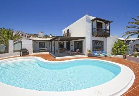 Villa in La Asomada, Lanzarote: www.ronn-ballantyne.com