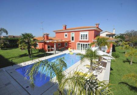 Villa in Souto, Portugal