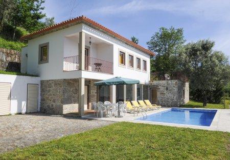 Villa in Ranhados, Portugal