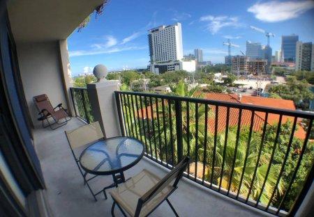 Apartment in Fort Lauderdale, Florida