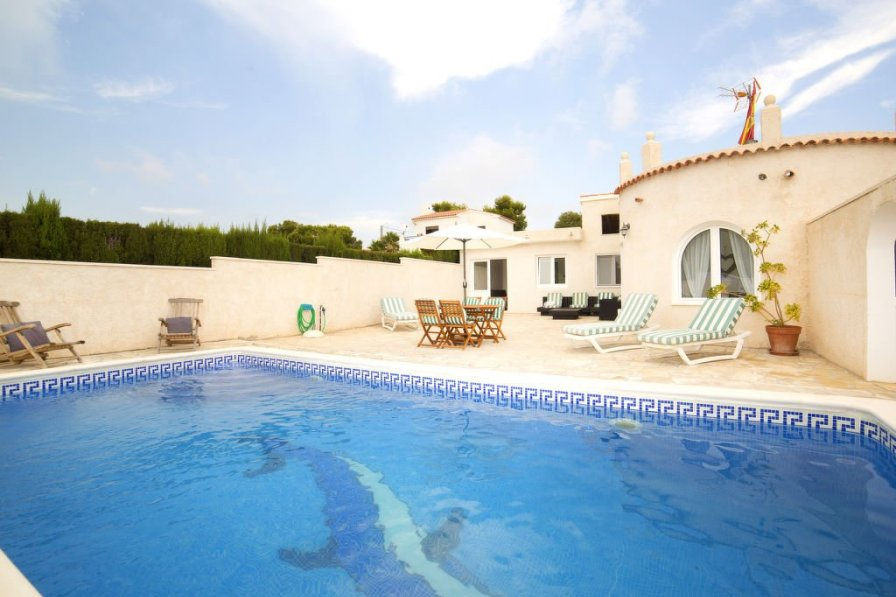 Villa with private pool in Calpe