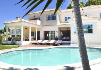 6 bedroom Villa for rent in Troia
