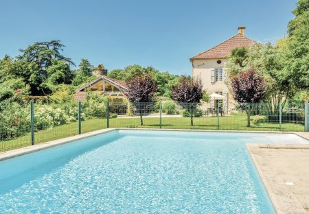 Villa in Labatut-Rivière, the South of France