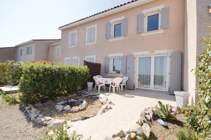 Holiday villa in Calvisson with shared pool