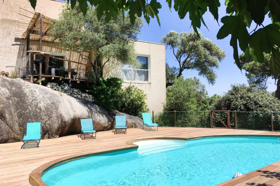 Villa to rent in Calvi