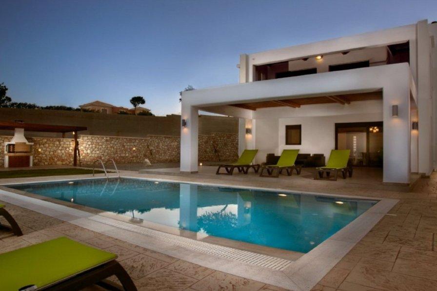 Lachania Villa with Pr. Pool & Jacuzzi Lachania