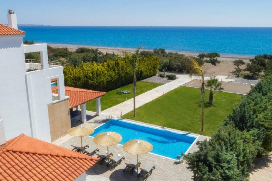 Gennadi Luxury Villa with Pr. Pool Gennadi