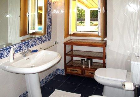 Villa in Pedreira, Portugal