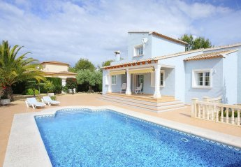 4 bedroom Villa for rent in Calpe