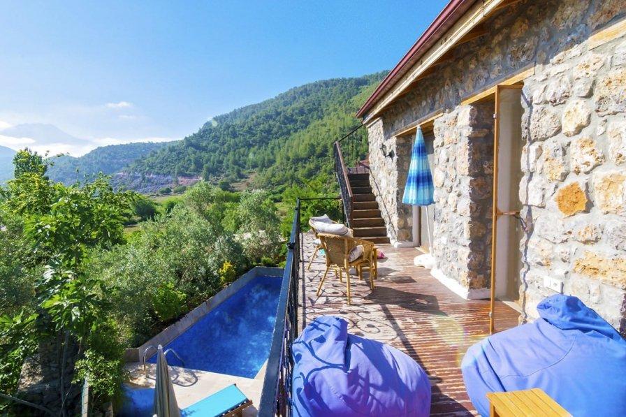 Villa in Turkey, Kinali