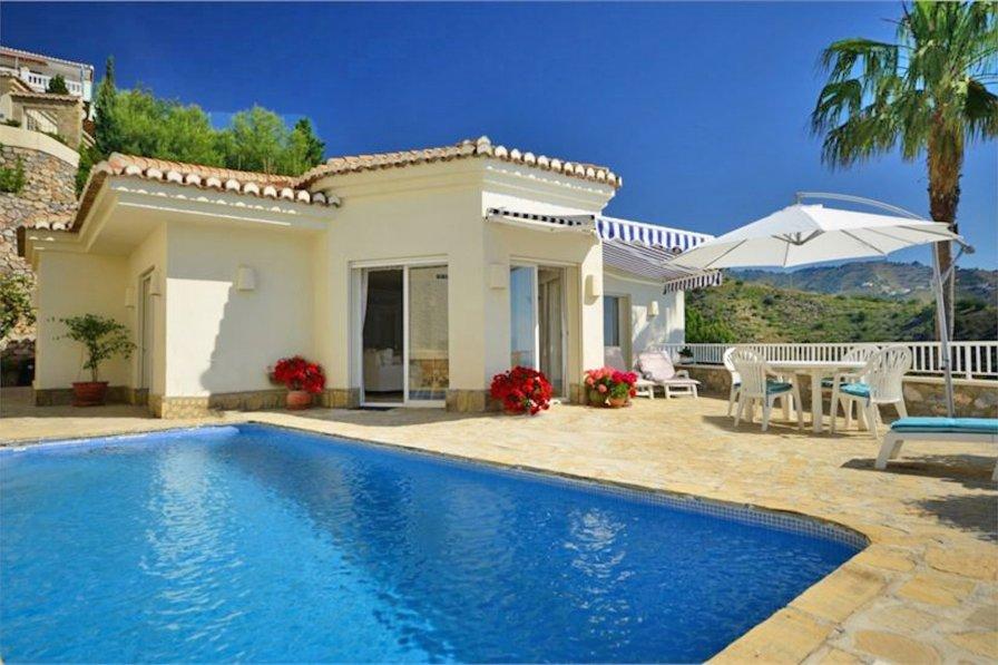 Splendid villa with magnificent sea view in Cotobro (Almunecar)