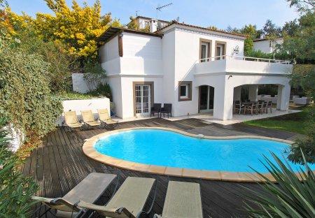 Villa in Mirandoles, the South of France