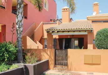 2 bedroom Villa for rent in Mar De Cristal