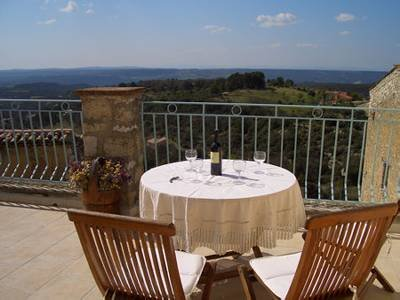 Village house in France, Baudinard-sur-Verdon: Large terrace with spectacular views
