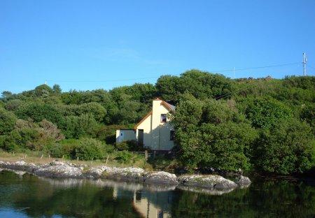 Cottage in Collorus, Ireland