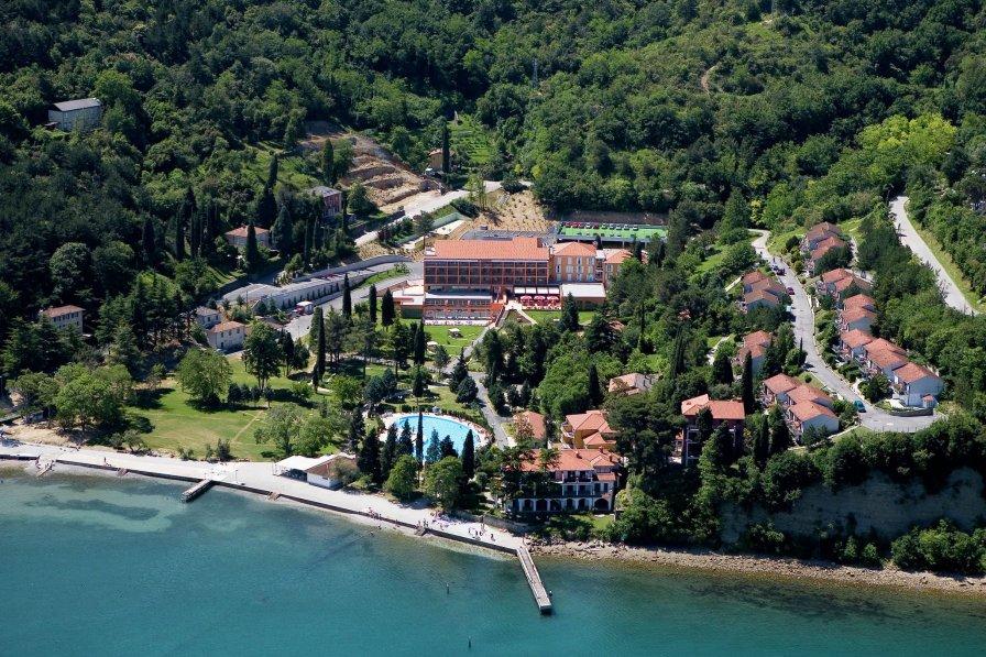 Tourist resort Salinera