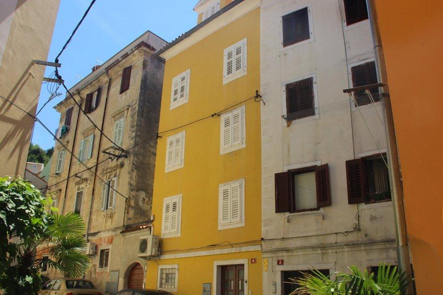 Apartments Bevk - Prezihova 1