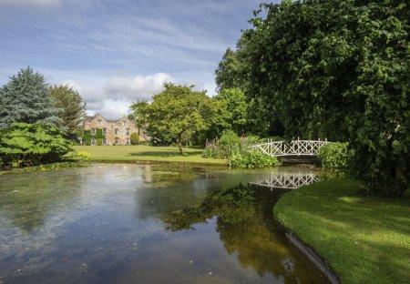 Chateau in Whitelackington, England