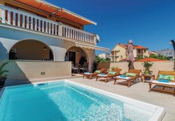 2 bedroom Villa for rent in Orebic