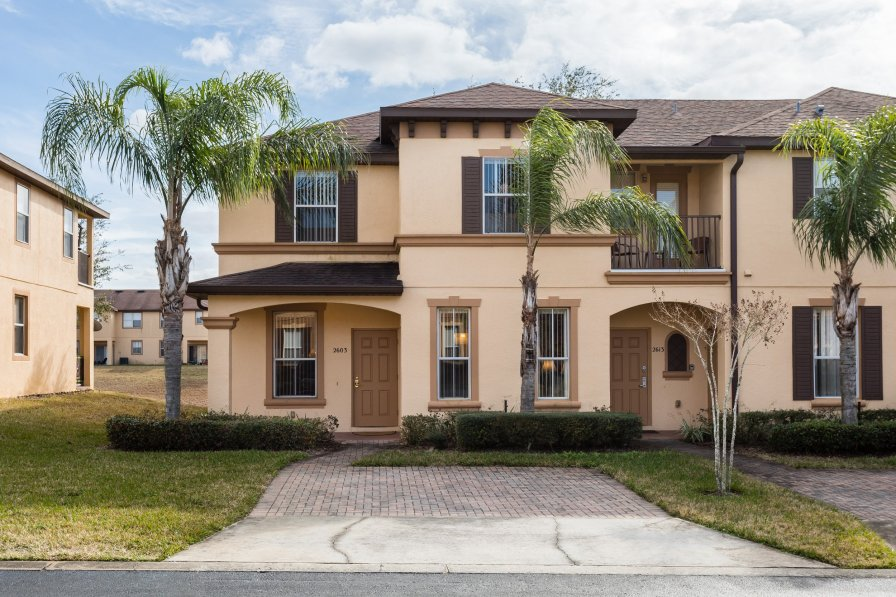 Town house in USA, Regal Palms