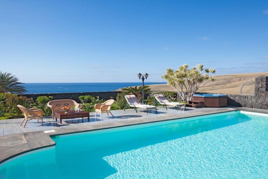 Villa in Spain, Puerto Calero