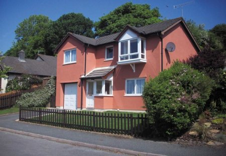House in Saundersfoot, Wales