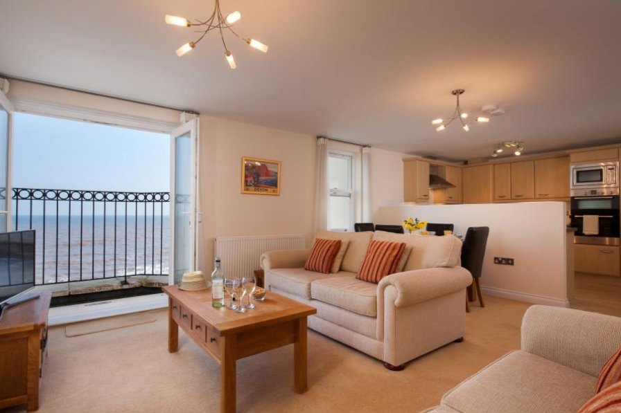 Apartment in United Kingdom, Dawlish