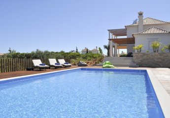 5 bedroom Villa for rent in Sagres