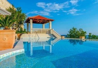 4 bedroom Villa for rent in Soline