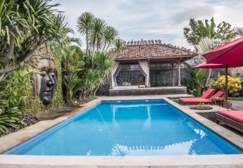 4 bedroom Villa for rent in Seminyak