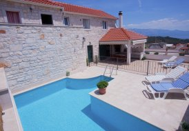 Villa in Selca, Croatia