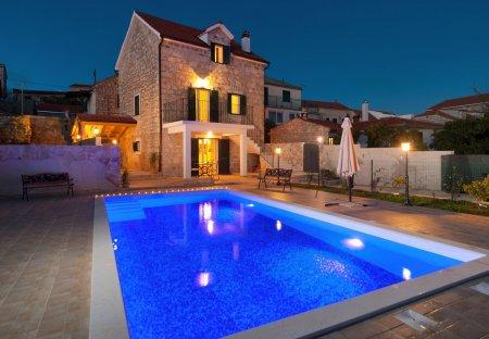 Villa in Donje Selo, Croatia