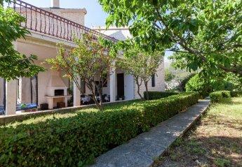 4 bedroom House for rent in Podstrana