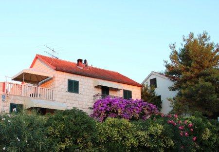 Apartment in Splitska, Croatia